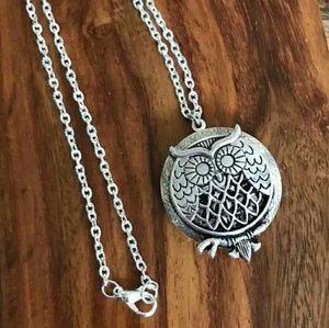 Jewelry - Owl Aromatherapy Diffuser